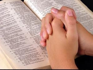 praying-hands-public-domain2