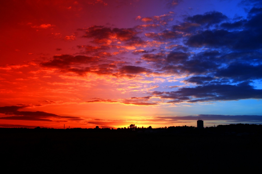 Red-blue_sunset